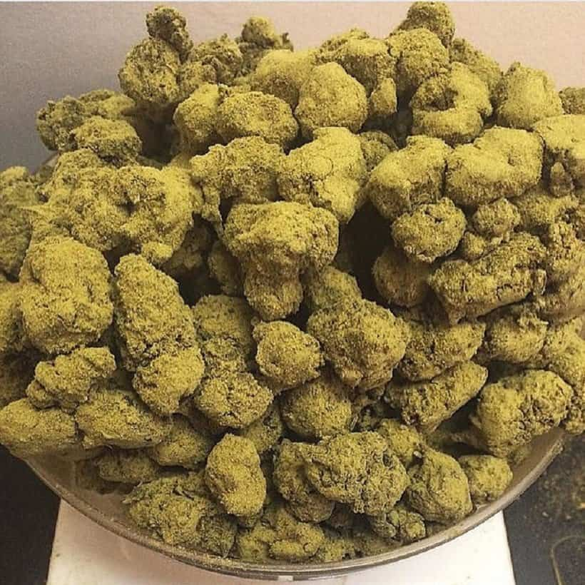 How Are Moon Rocks Smoked?