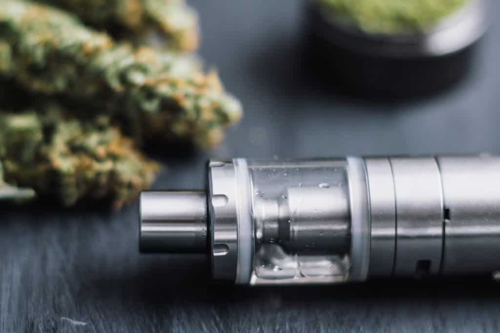 Best Way to Clean Your Cannabis Vaporizer