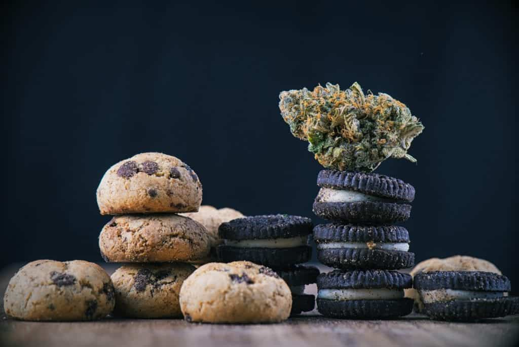 Marijuana Edible Consumption For First Timers. Cookies and bud.