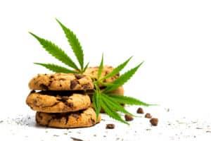Tulsa woman opens marijuana-based bakery after medical cannabis saves her life
