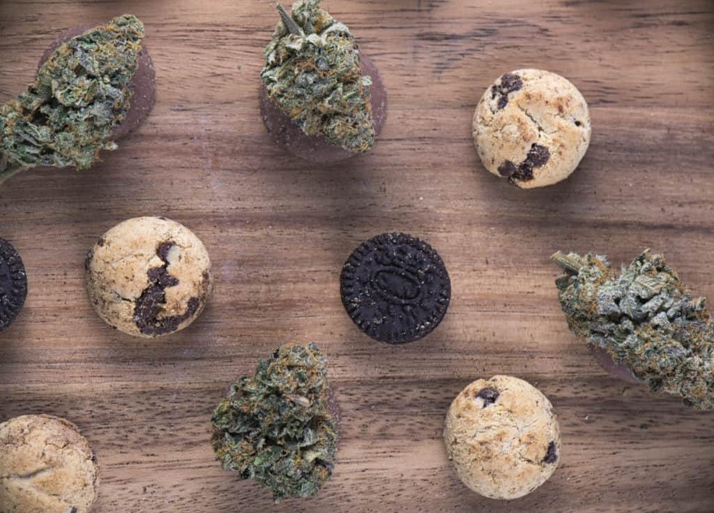 Best cookie strains for new marijuana users. Marijuana buds and cookies.
