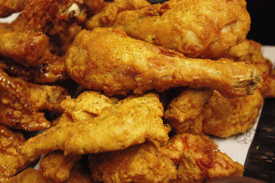 Your Guide to Marijuana Edibles Plus 3 Easy Recipes to Try. Chicken wings on a plate.