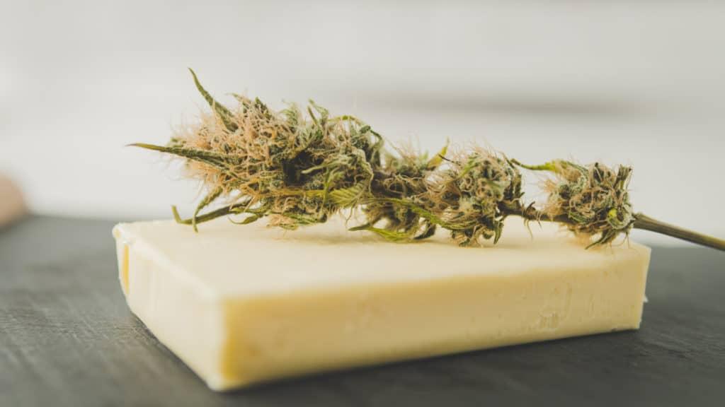 marijuana on butter, how to make pot butter in a mason jar